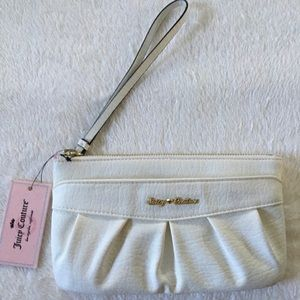 NWT Juicy Couture Wristlet